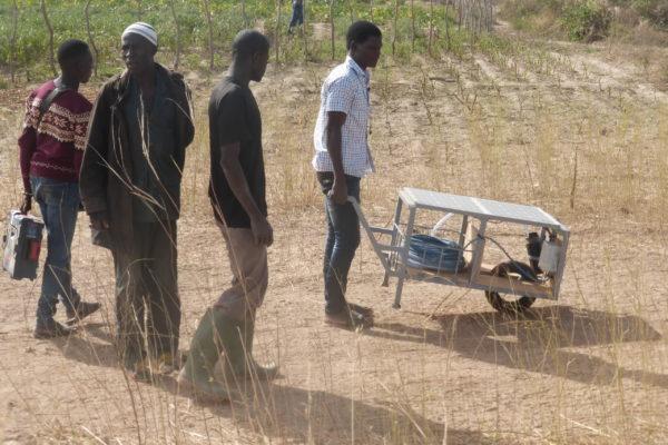 Electrification / Pompage – Burkina Faso – Brouette de pompage